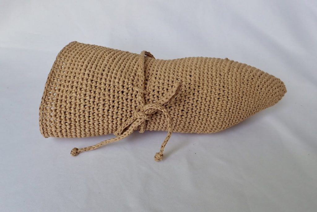 xJLR4189T2unf7jWZwv8w thumb 87b9 1024x684 - 綿のように軽い!究極の手芸糸コットンラフィアで編んだ帽子!